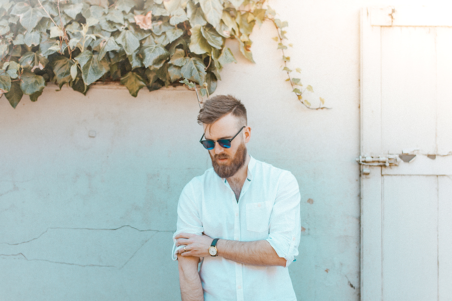 Portrait of man in sun glasses by Hanne Brooks Photography